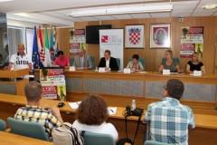 """Najava humanitarne akcije """"Hrvatsko srce za Italiju"""", Vukovar 29.6.2012."""
